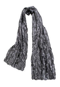 Crinkle texture scarf