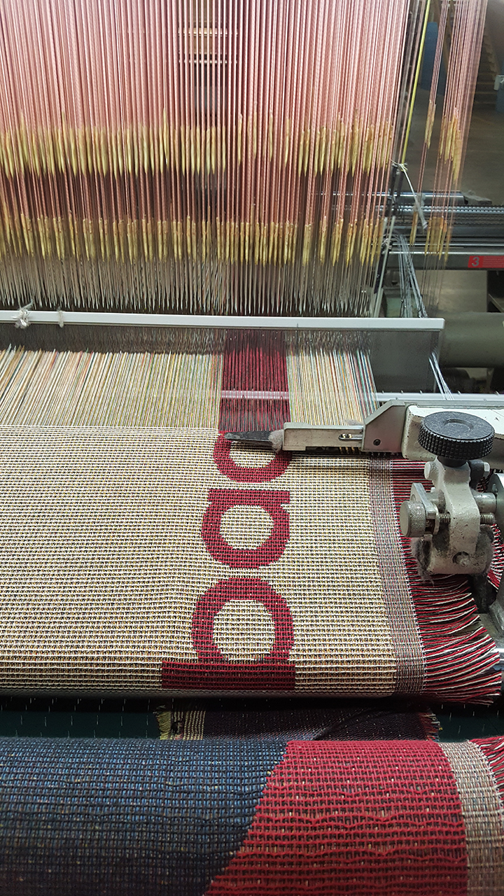 weaving of custom throws