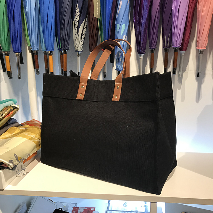 black tote with vegan leather handles